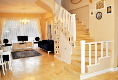 spacious-living-area