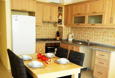 well-equipped-kitchen-and-dining