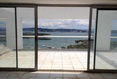 doors-accessing-terrace