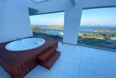 jacuzzi-bath-on-terrace
