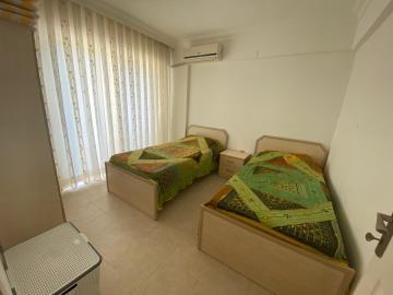 one-twin-bedroom