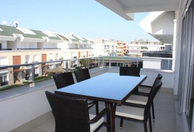 dining-area-on-terrace