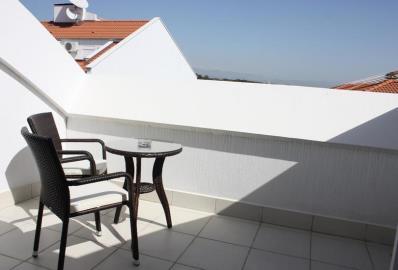 good-size-balcony