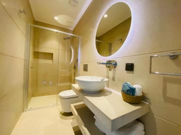modern-top-quality-bathroom