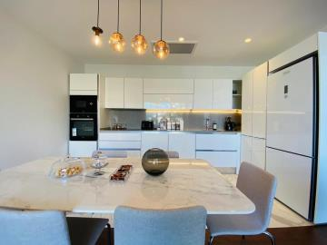 stylish-kitchen-and-dining-area