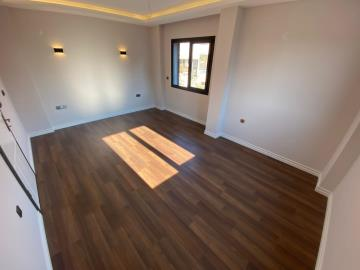 double--size-bedroom