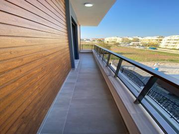 full-length-balcony