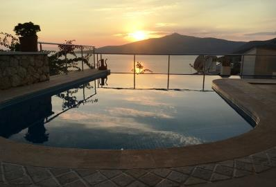 infinity-pool-at-sunset