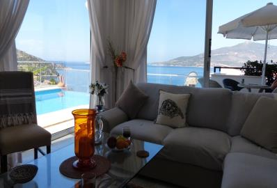sea-view-from-lounge