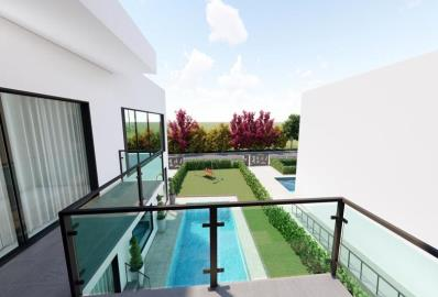 large-full-length-balcony