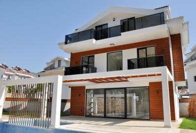 stylish-detached-homes