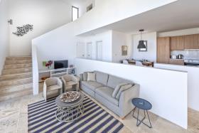 Image No.1-3 Bed Villa / Detached for sale
