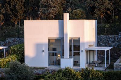 modern-detached-home