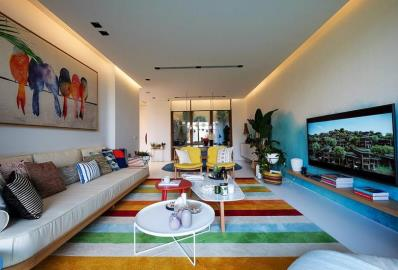 large-open-plan-liivng-space