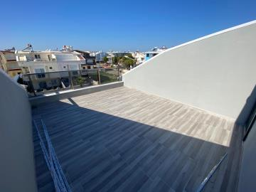 large-roof-terrace
