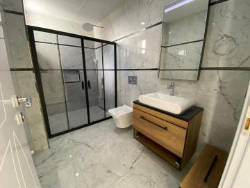 modern-ground-floor-bathroom