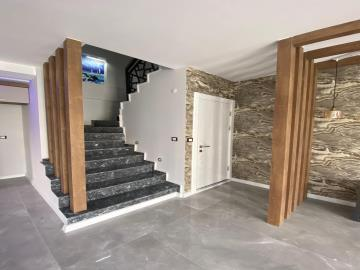 stairs-in-living-area