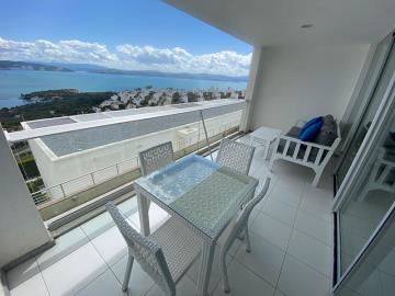 key-ready-duplex-with-stunning-sea-views