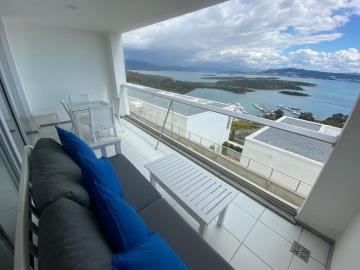 glorious-marina-views