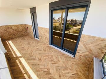 top-floor-with-roof-terrace