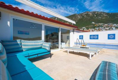 superb-terrace