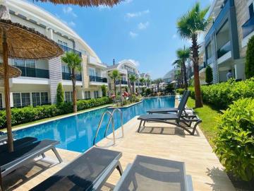stunning-pool-area
