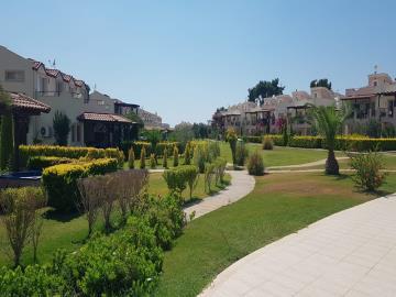 beautiful-garden-areas