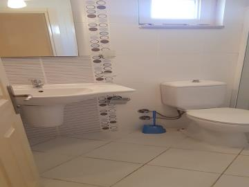 fitted-bathroom