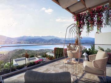 stunning-lake-view
