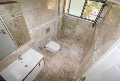 beautifully-finished-bathroom