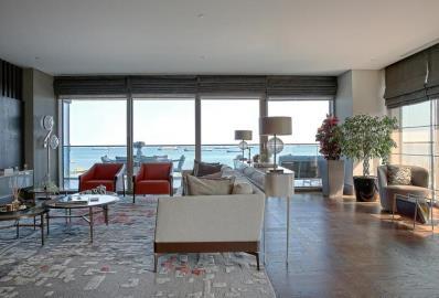 bright-spacious-open-plan-living-area