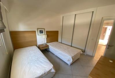 large-twin-bedroom