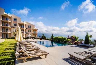 sunbathing-areas--ground-floor-golf-and-spa-apartment--kusadasi