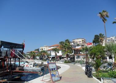 gulluk-seafront