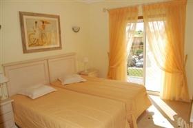 Image No.1-Appartement de 2 chambres à vendre à Lagos