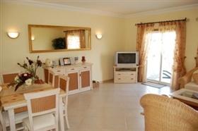 Image No.2-Appartement de 2 chambres à vendre à Lagos