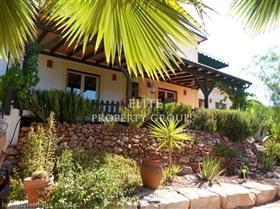 Image No.0-Villa de 8 chambres à vendre à Sao Bras de Alportel