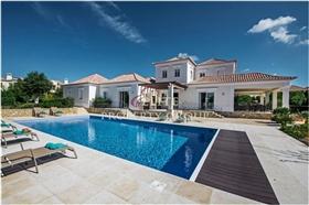 Image No.0-Villa de 5 chambres à vendre à Vila do Bispo