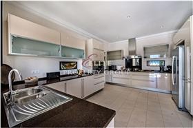Image No.8-Villa de 5 chambres à vendre à Vila do Bispo