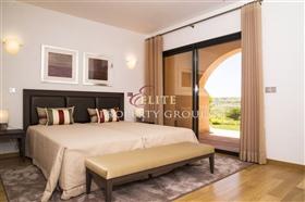 Image No.3-Villa de 5 chambres à vendre à Silves