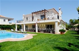 Loule, Villa