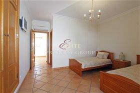 Image No.12-Villa de 4 chambres à vendre à Boliqueime