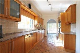 Image No.8-Villa de 4 chambres à vendre à Boliqueime