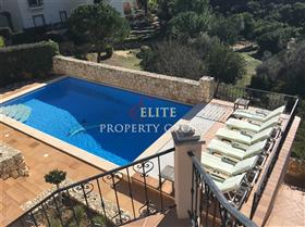 Image No.1-Villa de 5 chambres à vendre à Algarve