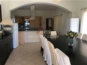 Image No.2-Villa de 5 chambres à vendre à Algarve