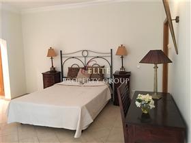 Image No.6-Villa de 5 chambres à vendre à Algarve