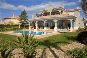 Image No.0-Villa de 4 chambres à vendre à Vale da Pinta