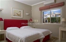 Image No.8-Villa de 4 chambres à vendre à Vale da Pinta