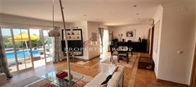 Image No.8-Villa de 4 chambres à vendre à Loule