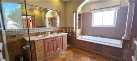 Image No.15-Villa de 4 chambres à vendre à Quinta do Mar